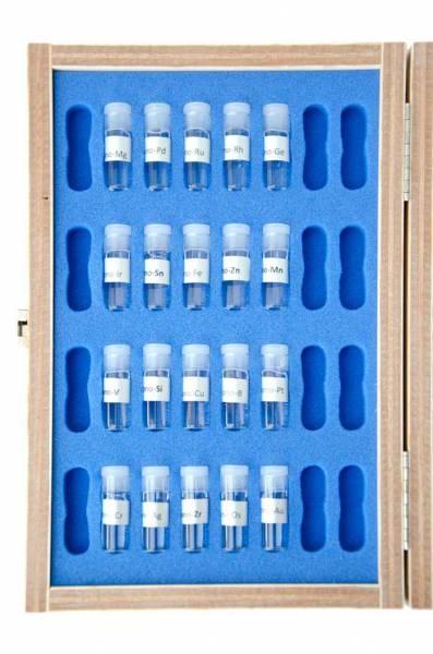 Vorschau: Der Testkasten enthält 20 verschiedene monoatomische Elemente - offen